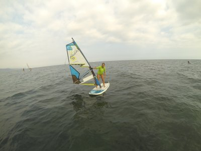 Beginners' windsurfing course in Motril, 2 h