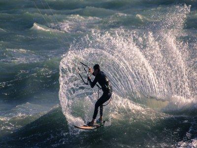 Motril高级风筝冲浪课程3小时