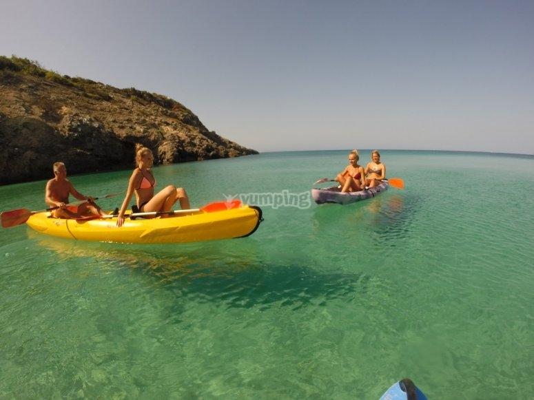 Dia en kayak en Ibiza