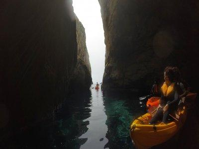 Ruta en kayak por la islade Ibiza, 2 horas