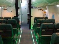 Zona de pasajeros en el avión