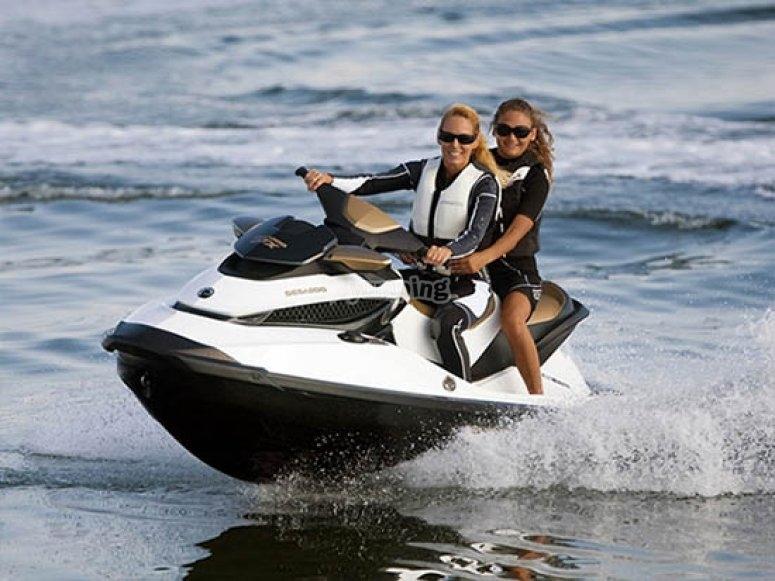 Cirucito de motos de agua
