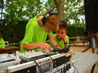 夏令营电台DJ