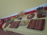 Snack tables for the capea