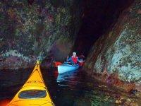 Cuevas acuaticas visitadas con kayak