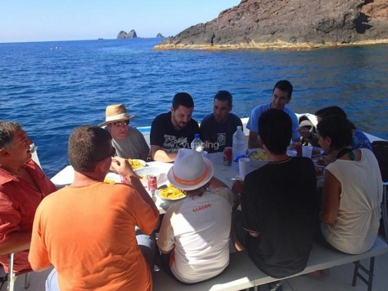comida en alta mar