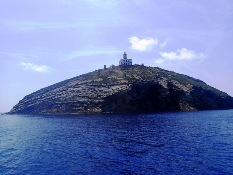 看到船上的岛屿,我们浏览