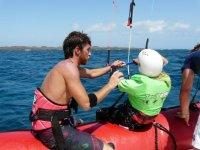 El inicio de la clase de kitesurf