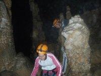 Paseando entre formaciones rocosas