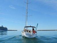 前往贝纳尔马德纳的帆船旅行