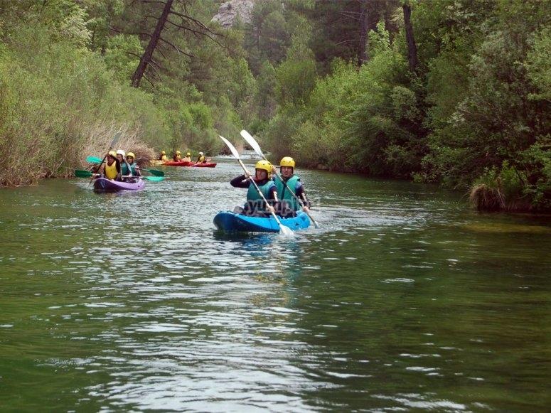 Team work in the canoe