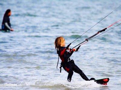 Corso di iniziazione di kitesurf, 6 ore, Los Narejos