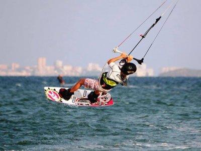 风筝冲浪课程,完善,洛杉矶Narejos
