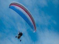 buggy con paracadute.JPG