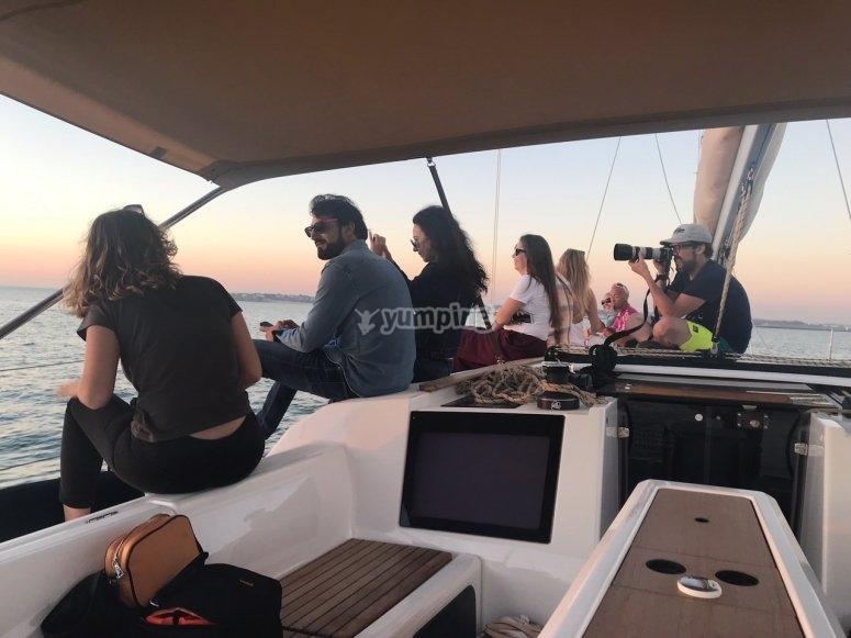 Paseos en barco con amigos Cádiz