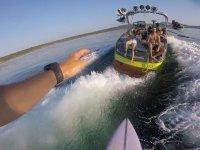 Fotos desde los esquís acuáticos al barco