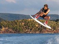 Nuestro gran profesional del wakeboard