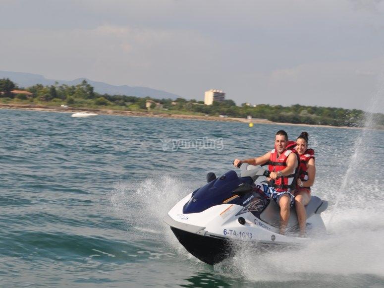 双座水上摩托车