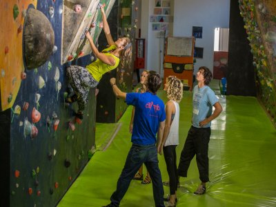 Initiation climbing course 4 classes Madrid