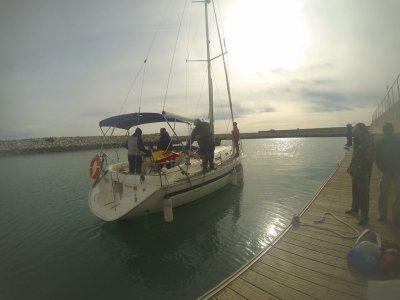 Outsail Chárter  Paseos en Barco