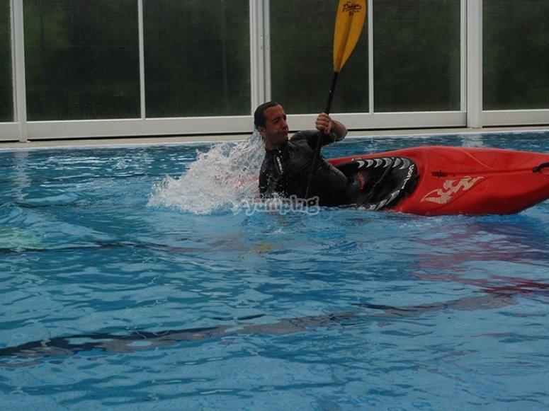 Aprende a manejar el kayak