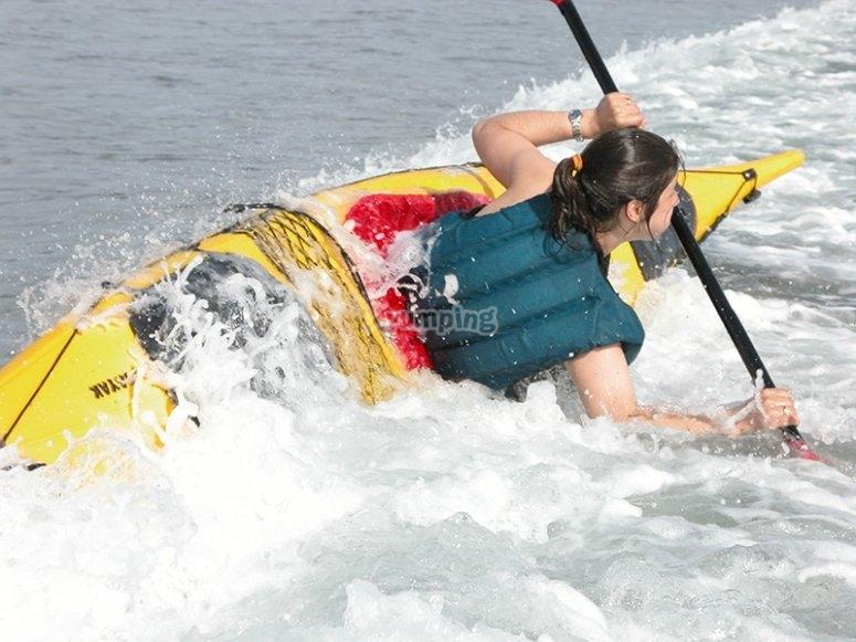 Aprende maniobras en kayak