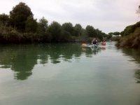 Excursion por el rio en kayak