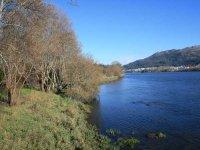 sendero rio mino
