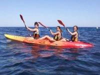 Kayak de tres plazas