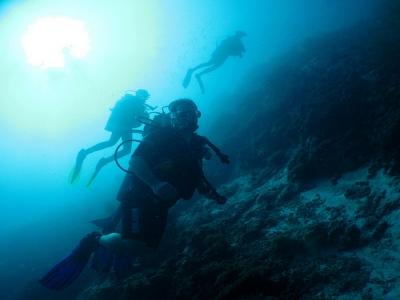 PADI开放水域潜水员在马贝拉,4天