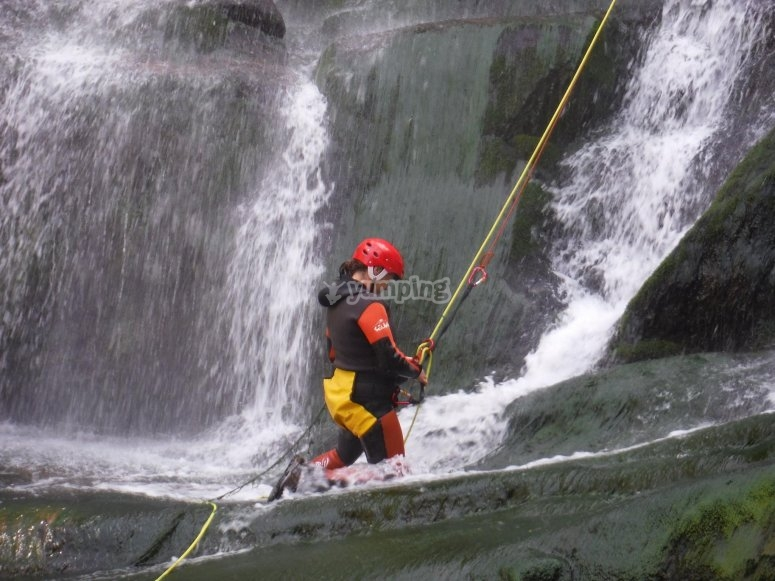 Stretch for abseiling