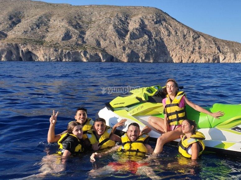 Alquiler de jetski con amigos