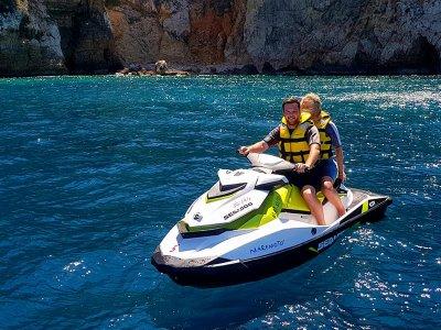 Alquiler de moto de agua biplaza en Torrevieja 1 h
