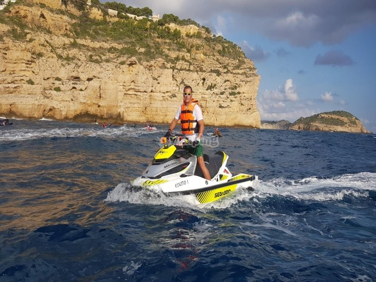 Las Marinas de Dénia en moto de agua
