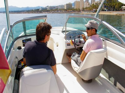 2h boat without skipper rental, Marbella