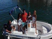 Barco sin licencia Dipol 400