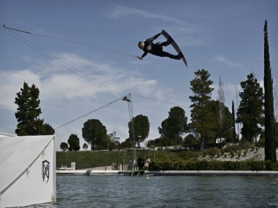 Monkey Wake Park Wakeboard