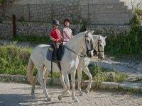 Clase y ruta a caballo, 2h 30min en Randa