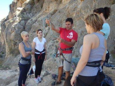 Escalada, rappel y tirolina en La Garrofa