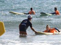 Clase de surf en Fuerteventura