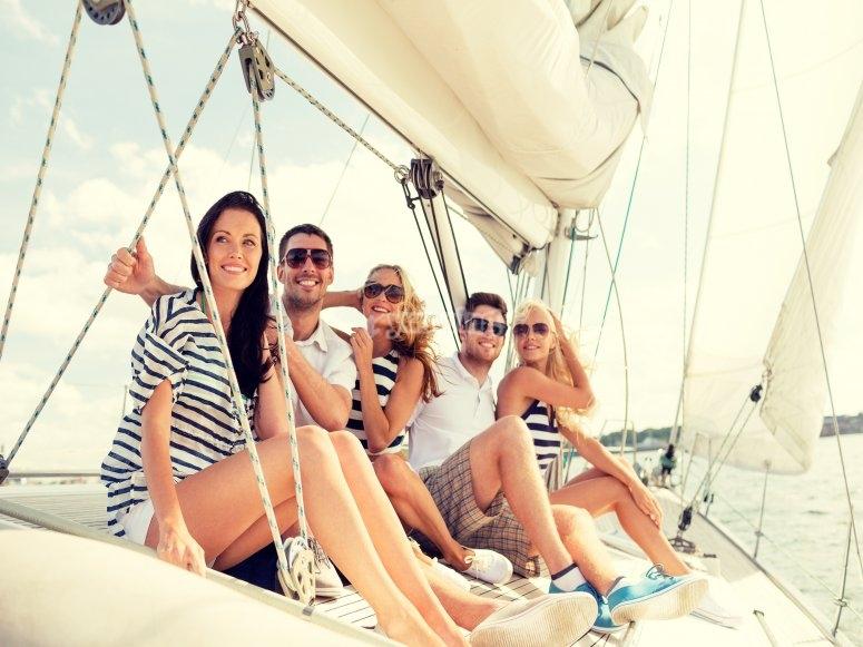 Conoce la bahía de Cádiz desde un velero