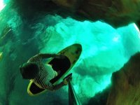 Investiga las cuevas con el paddle surf