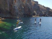 Percorso indimenticabile attraverso Minorca nel paddle surf