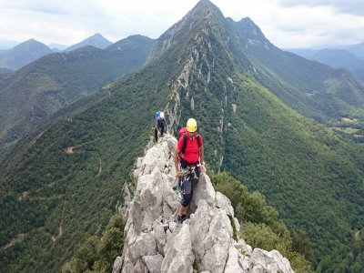 Curso Crestas de montaña en Girona 2 días