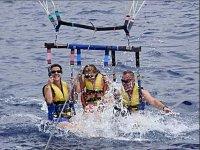 Llegando al agua con el parascending