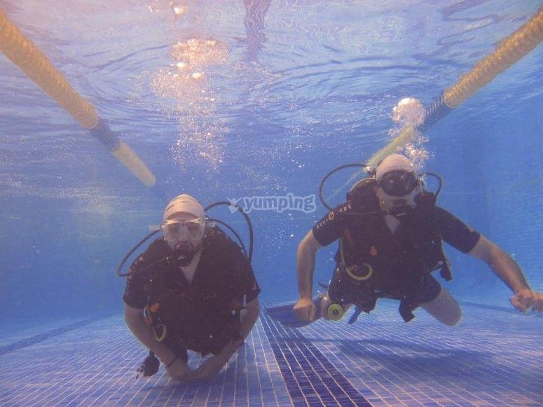 Clases sin limite en la piscina