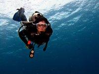 Operatore subacqueo di immersione