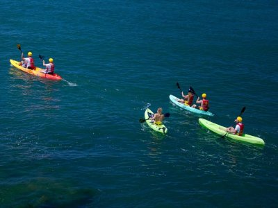 在阿吉拉斯皮划艇之旅和浮潜1小时
