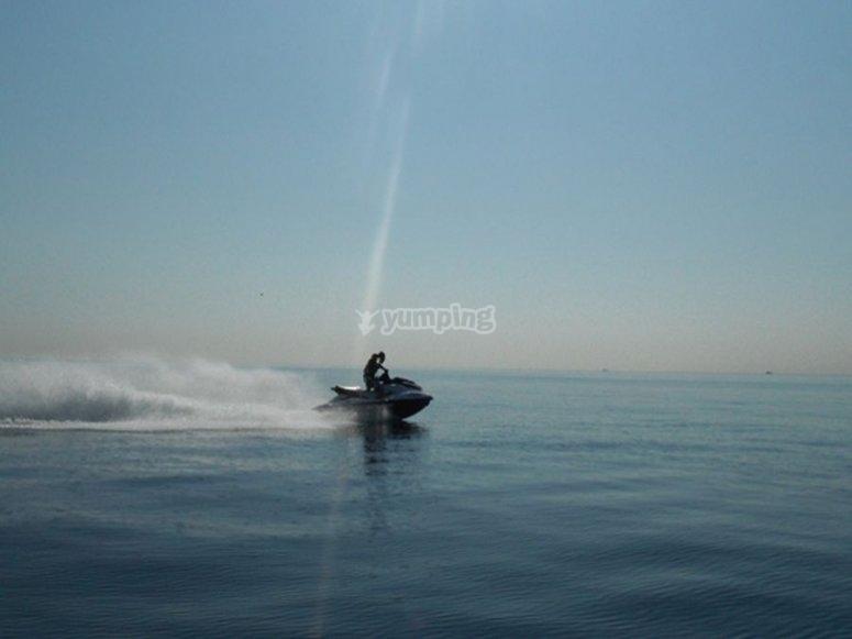 Ruta en moto de agua en Barcelona
