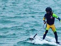 Conociendo el Puerto Marina Cabo Roig haciendo surf